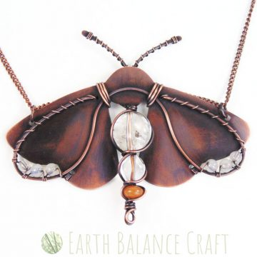 Ermine_Moth_Necklace_3