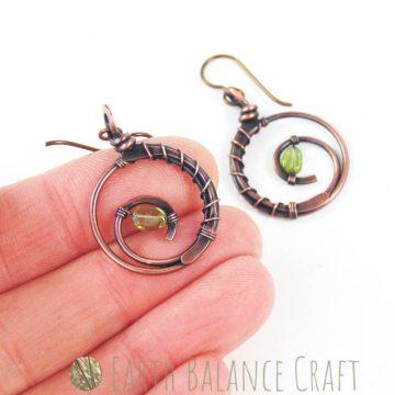 Grassy_Meadow_Earrings_B