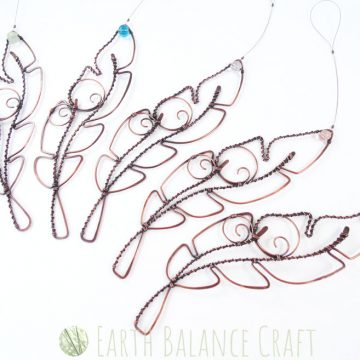 Feather_Ornaments_4